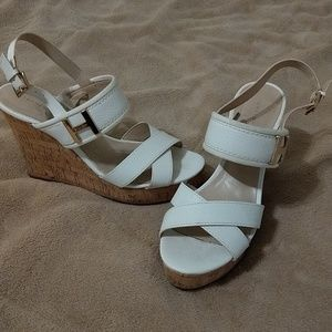 Tommy Hilfiger white cork wedge shoes - Size 7.5